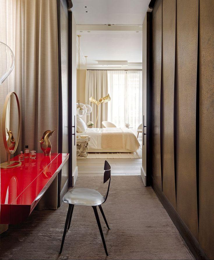 Casa en Parías Damien Langlois-Meurinne Apartment Bedroom Decor, Bedroom Furniture, Interior Architecture, Interior Design, Build A Closet, Awesome Bedrooms, Elle Decor, Relax, Inspiration