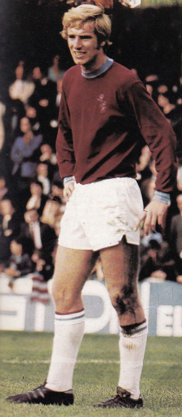 Circa 1970/71. Former Chelsea centre half Colin Waldron back in the big time playing for Burnley.