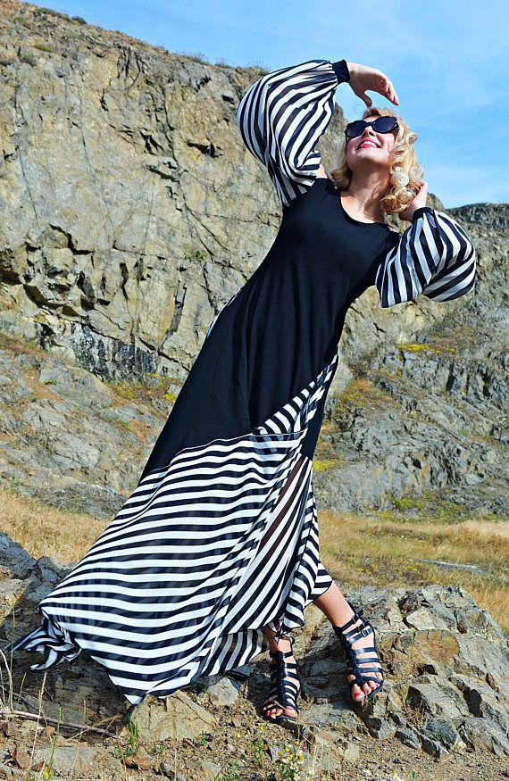 Extravagant Striped Dress TDK265 Summer Maxi Dress Black and