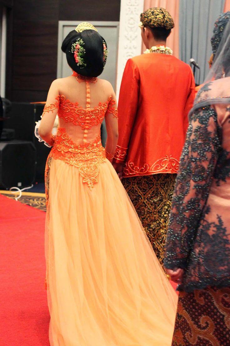 kebaya for wedding reception, modern kebaya