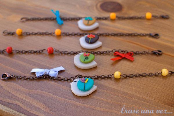 Sweet Bird Bracelet. Polymer clay.. $12.00, via Etsy.