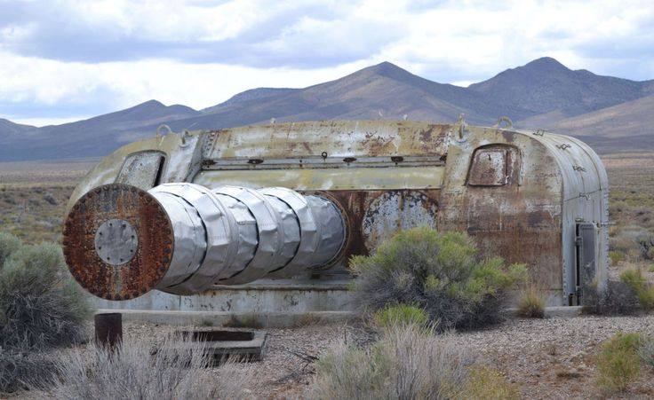 A Mark 9 turret from USS Louisville (CA-28) rusting away in the Nevada desert. It once served in Lawrence Livermore National Laboratory's nuclear testing program for the purposes of a rotating radiation detector, collecting data on nuclear tests. Mark 9's were of 8'-55 caliber is size. [1027 × 630]