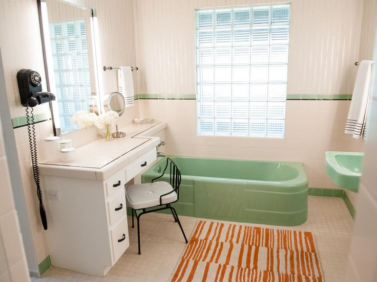 Superb This Adorable Midcentury Modern Bathroom Is Filled With Fun Vintage Accents  And Pops Of Color. An Antique Telephone Ties In Neatly With The Black And  White ...