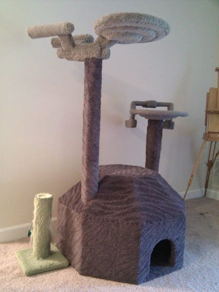 Star Trek cat tree...to boldly go where no cat has gone before...