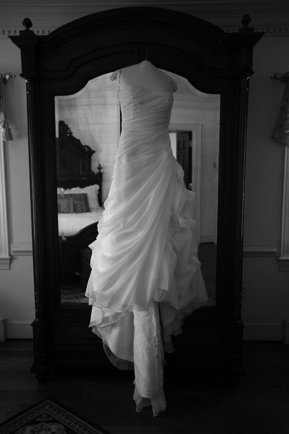 Black And White Photo Bridal Dress At Stone Manor Country
