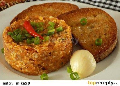 """Tatarák""z tvarůžků a Camembertu recept - TopRecepty.cz"