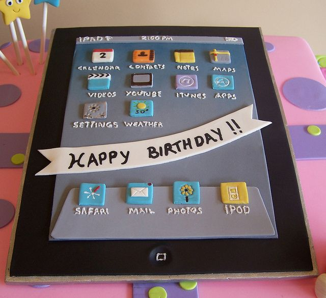 iPad Cake by cakespace - Beth (Chantilly Cake Designs), via Flickr