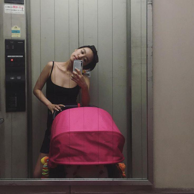 ママ、エレベーターがないところに一切入れない