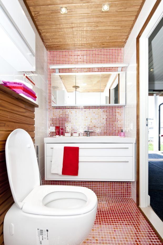 Punainen piristää!  @Asuntomessut Kokkolassa 2011