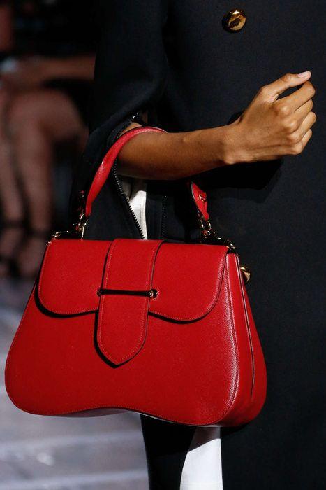 dd0228c3a2 Prada, Primavera/Estate 2019, Milano, Womenswear | Bags | Bags ...