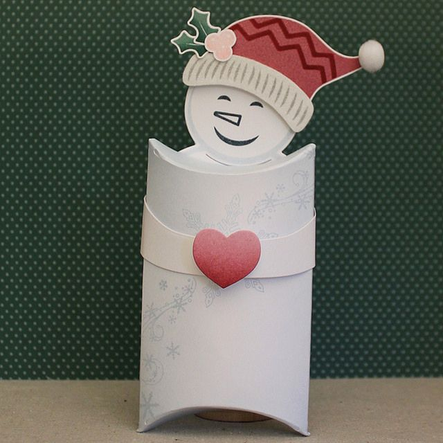 Snowman Pillow Box by Lizzie Jones for Papertrey Ink (October 2016)