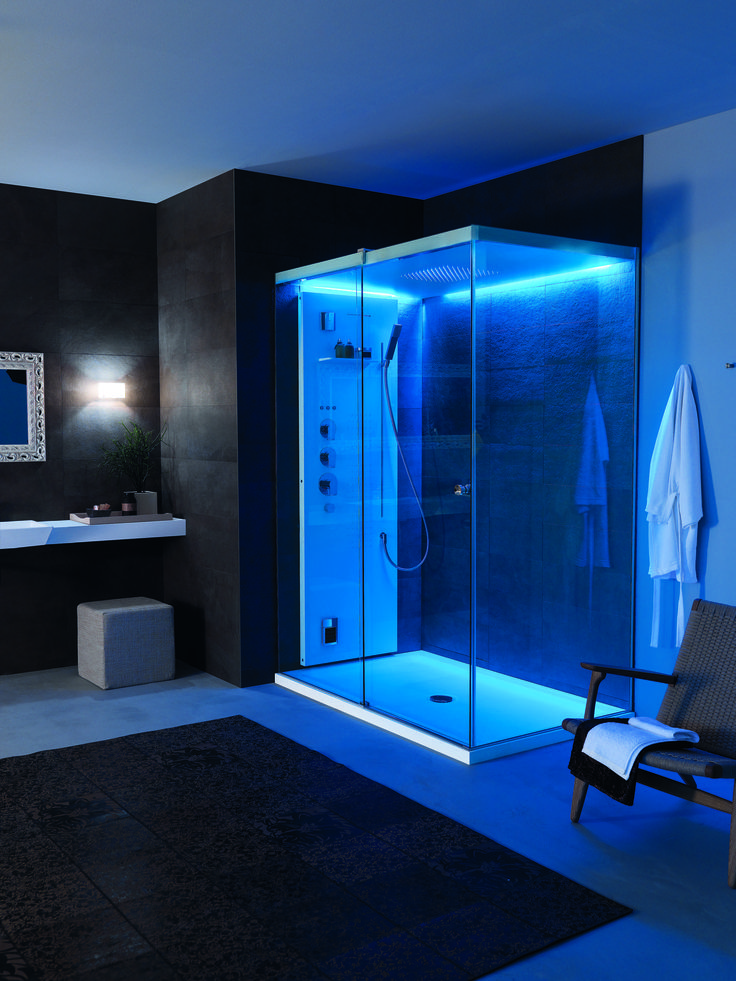 Light #shower enclosure features Cromoexperience function to offer an enjoyable feeling of relaxation and a magic atmosphere in the darkness