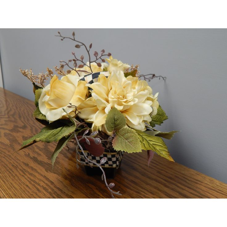 PRODUCTS :: LIVING AND DESIGN :: Accessories and Decorations :: Others decorations :: McKenzie Child inspired design. Floral Arrangement. Floral Arrangement, Ivory, Off White.