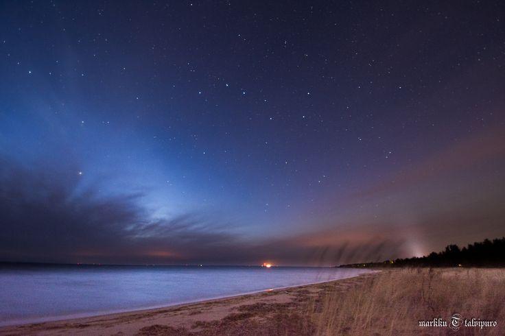 https://flic.kr/p/AsGrDd | Shore at night | Finland