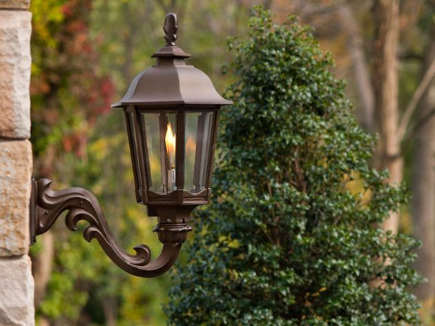@americangaslamp This Gas Lamp Provides A Great Look For Outdoor Lighting.