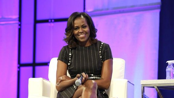 Michelle Obama raves about Black Panther on Twitter