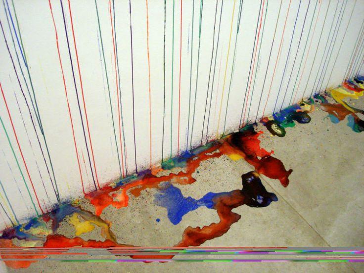 Quem passar pelo corredor de acesso entre o saguão de entrada do MAM e a Grande Sala do museu pode conferir o trabalho do artista português Rodrigo Oliveira. A entrada é Catraca Livre.