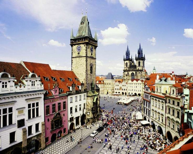 Are you planning a holiday to Prague? Well, I am going to list out the best things that this amazing city has in store for you. To start with, Prague has an enriched history dating back over a thousand years. It has a sheer scenic beauty which will leave you spellbound. The city of Prague…