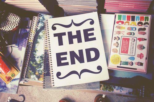 Tem texto novo no blog e é sobre escola e responsabilidades!   Escritos: última página do caderno! ♥ http://escritoselivros.blogspot.com.br/2016/02/escritos-ultima-pagina-do-caderno.html