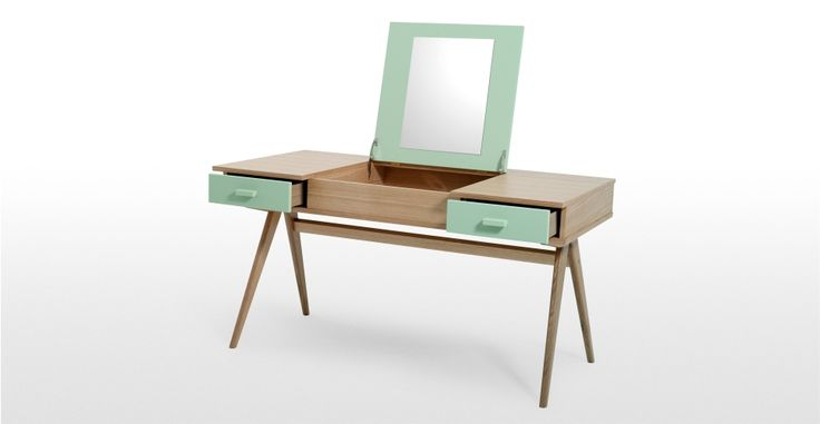 Beautiful desk with a pop up mirror! Could use as a dressing table / jewelry makeup stand, or go for proper desk use....