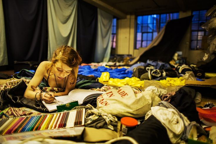 Photos Reveal The Hidden Lives Of London's Squatters