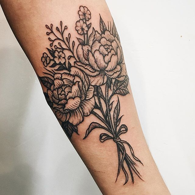 Bouquet for Ena. #bouquet #flower #flowertattoo #peony