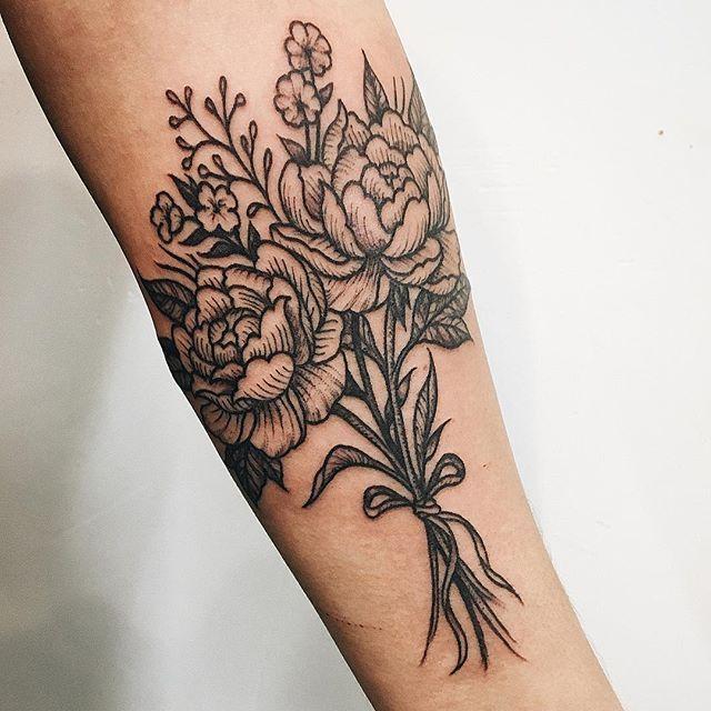 Bouquet for Ena. #bouquet #flower #flowertattoo #peony