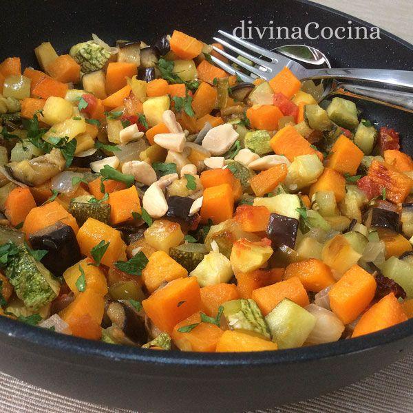 Alboronía, receta muy sencilla, sabrosa y ligera. Es un plato muy antigua que se prepara con calabaza salteada con otras verduras.