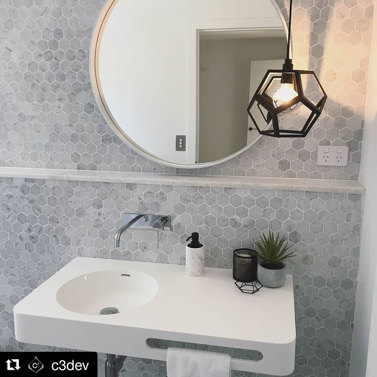 Amber Tiles Kellyville: Our friends at @c3dev have turned this holiday house into a home with a thoughtful use of materials including our Carrara mosaics. #carrara #naturalstone #mosaic #carraramarble #hexagon #bathroom #bathroominspiration #ambertiles #ambertileskellyville