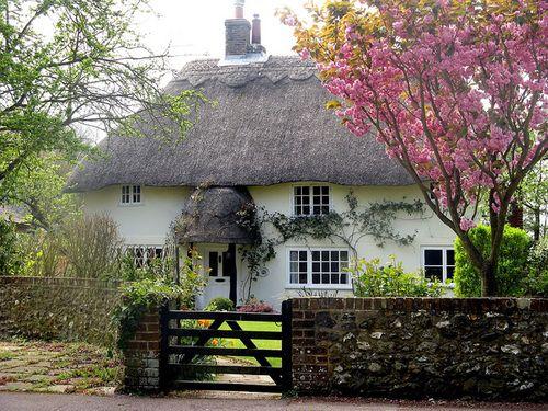 Oltre 25 fantastiche idee su case inglesi su pinterest for Case in stile cottage