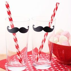 Decorate glasses with waterproof vinyl and a digital cutting machine.