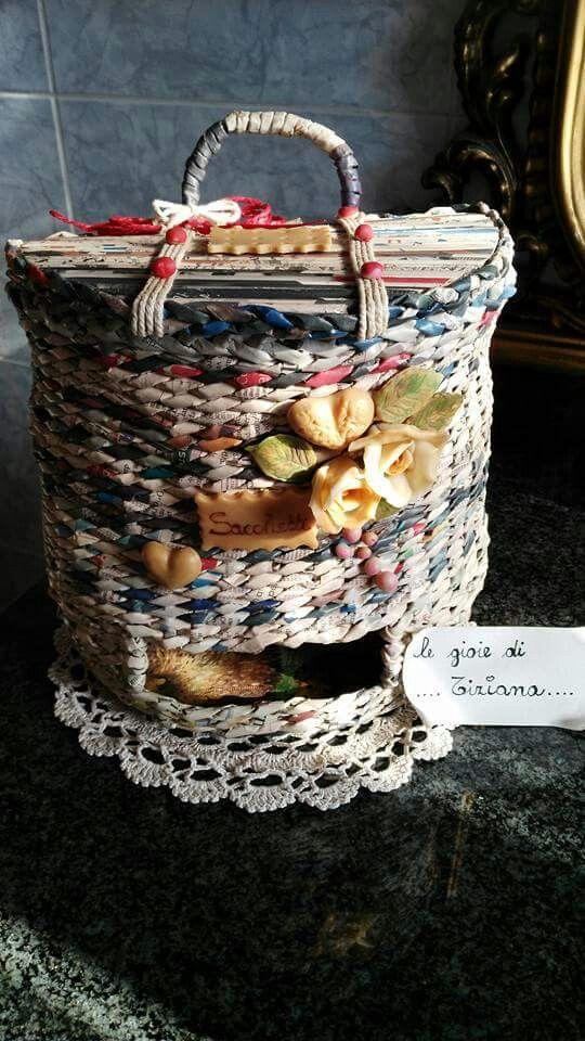Porta sacchetti per la cucina