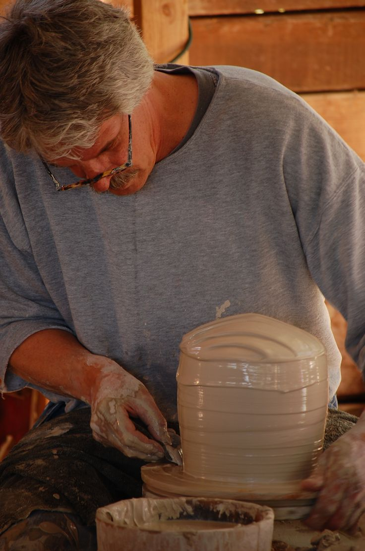 Bill van Gilder Demo Workshop Art League of Long Island, NY May 2 & May 3, 2015 9:30am to 4:00pm  https://www.artleagueliregistration.org/class/workshops/152-mc-42/functional-pot-tips-tools-techniques-bill-van-gilder