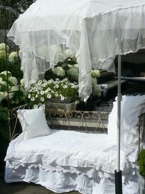 ... + images about bedje on Pinterest  Brocante, French bed and Shabby