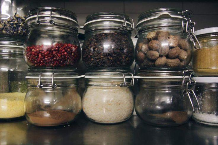 Spezie fresche e di primissimA QUALITà, ANCHE SU ORDINAZIONE. http://articioccagastronomia.blogspot.it/p/drogheria.html