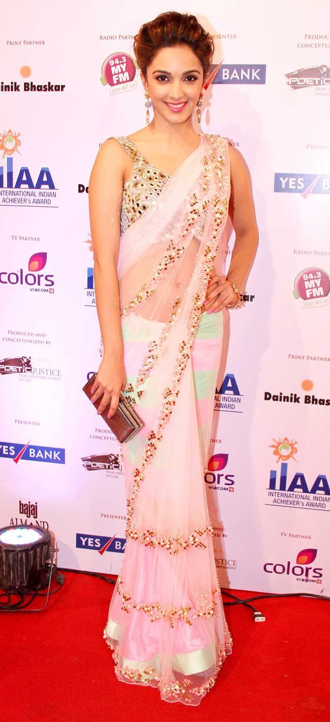 Kiara Advani in a Papa Don't Preach net sari with a mirrorwork blouse at International Indian Achievers awards. #Style #Bollywood #Fashion #Beauty