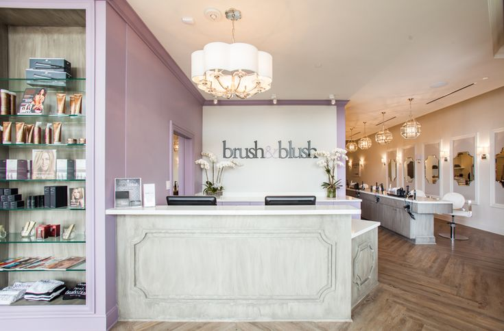 Girl Boss Htown  Brush & Blush Blow Dry Bar is a luxury beauty bar & styling salon offering professional blowouts, hair styling services, and makeup applications in Houston TX