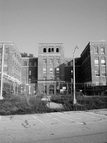 Prison - Hewitt State Hospital and Prison  © opacity.us