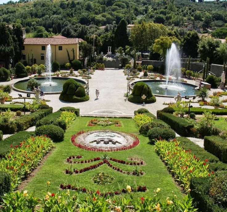 2017 - Storico Giardino Garzoni - Garzoni Historic Garden, Collodi (Pistoia), Piazza della Vittoria 3; open through Sept. 23, 9 a.m.-8 p.m.; Sept. 24-Oct. 28, 9 a.m.-7 p.m.; Oct. 29-Nov. 5, 9 a.m.-5:30 p.m.;  it is one of the most beautiful gardens in Italy with walkways, flower beds, fountains with traditional water games, and statues admission: €13; reduced €11, for children aged 5-14 and senior citizens older than 65; the fee includes the entrance to the Collodi Butterly House