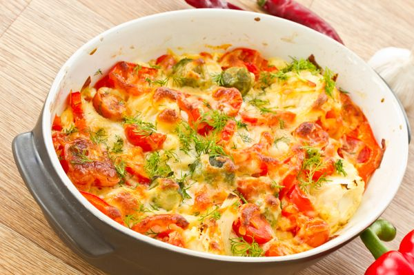 Baked Vegetable Recipe: Oven-Roasted Cauliflower & Red Pepper Casserole - 12 Tomatoes - MasterCook