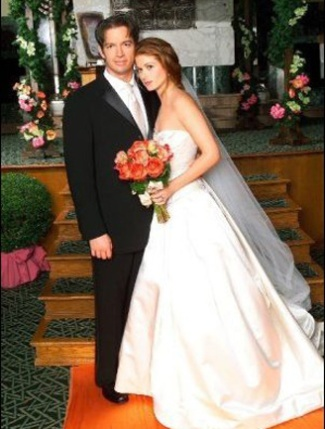 Grace o 39 malley leo and debra messing on pinterest for Jill goodacre wedding dress