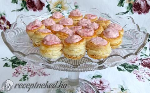 Erdei gyümölcsös fánkocskák recept fotóval
