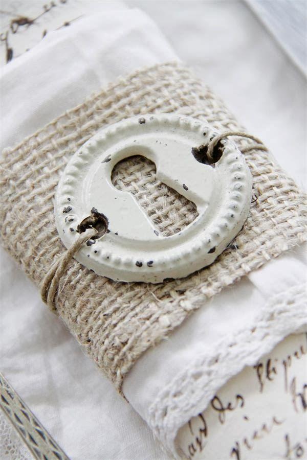 napkin ring.