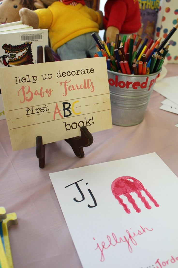 Decorate a page of the ABC book .. can be at the entrance instead of a regular guestbook.