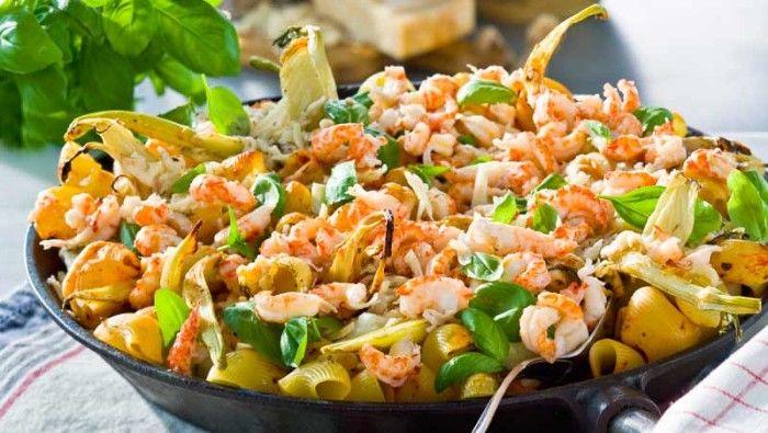 Gratäng med pasta, torsk och kräftstjärtar recept
