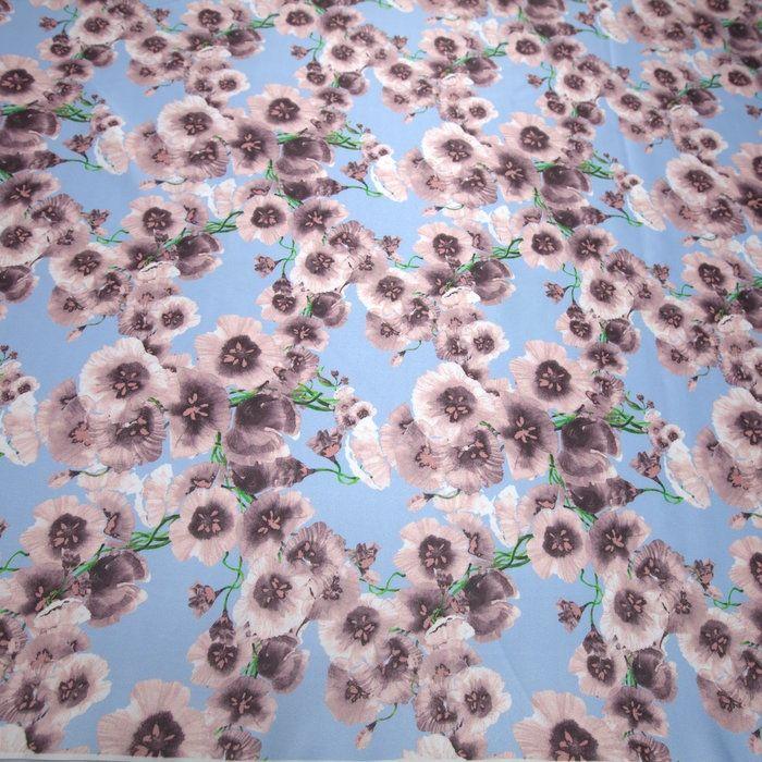 Tecido cetim italiano azul bebê floral