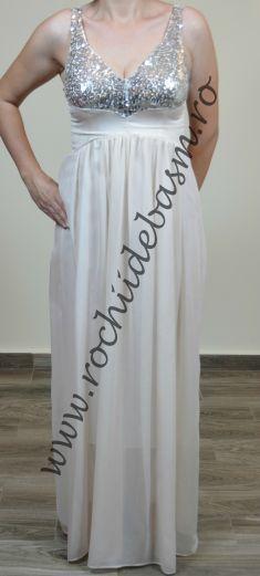 Rochie de seara crem cu paiete #rochiidesearacrem #rochiidesearacuaplicatii #creamcoloredeveningdresses