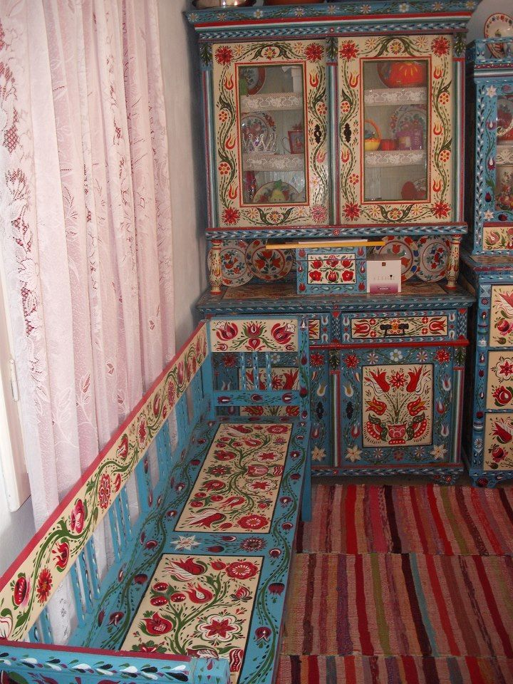 Eastern european painted furniture, folk pattern