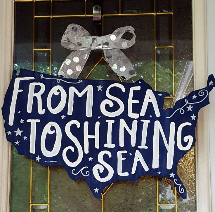 From Sea to Shining Sea door hanger.  See more at www.facebook.com/LaLaLandWreaths/