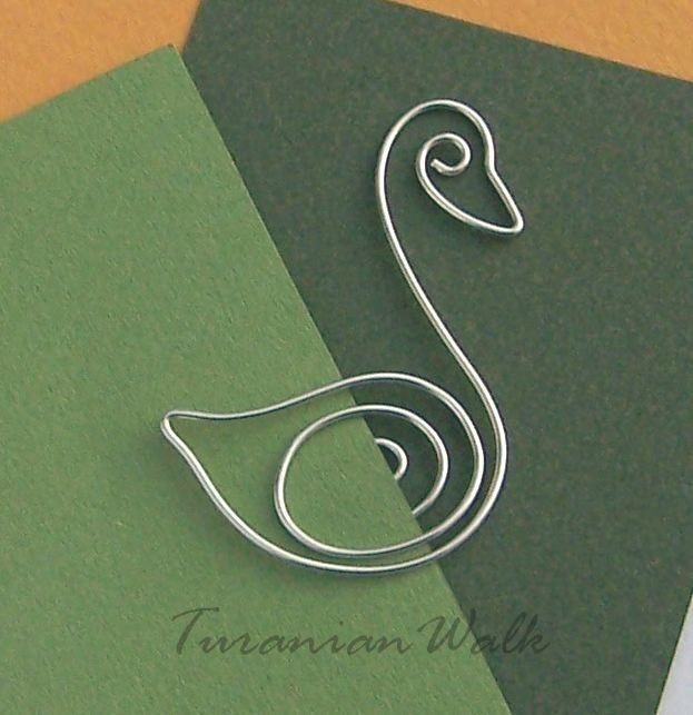 Swan - wire bookmark.
